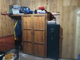Closet/Shelves